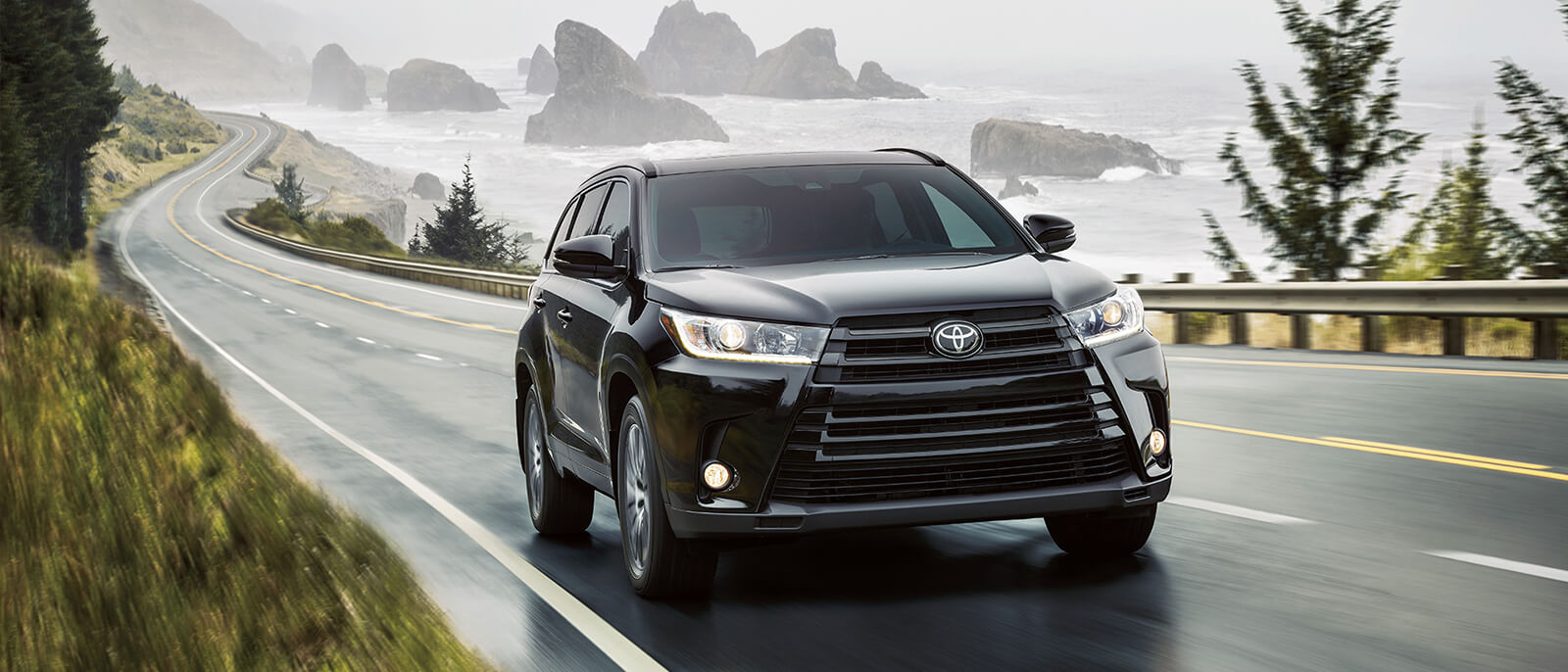 2017-Toyota-Highlander-Slide1