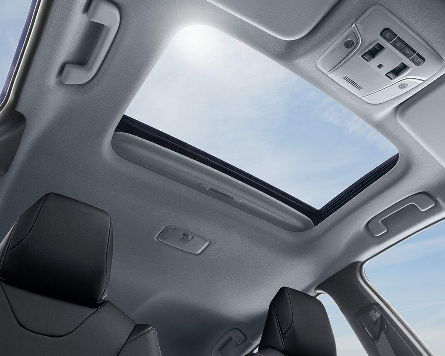 prius-interior-moonroof