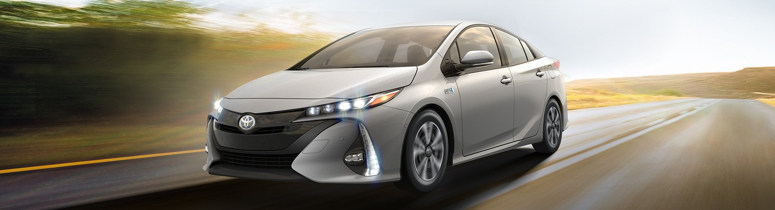 toyota-hybrid-hydrogen-fuel-cell-innovation-2016-prius-prime-m-narrow